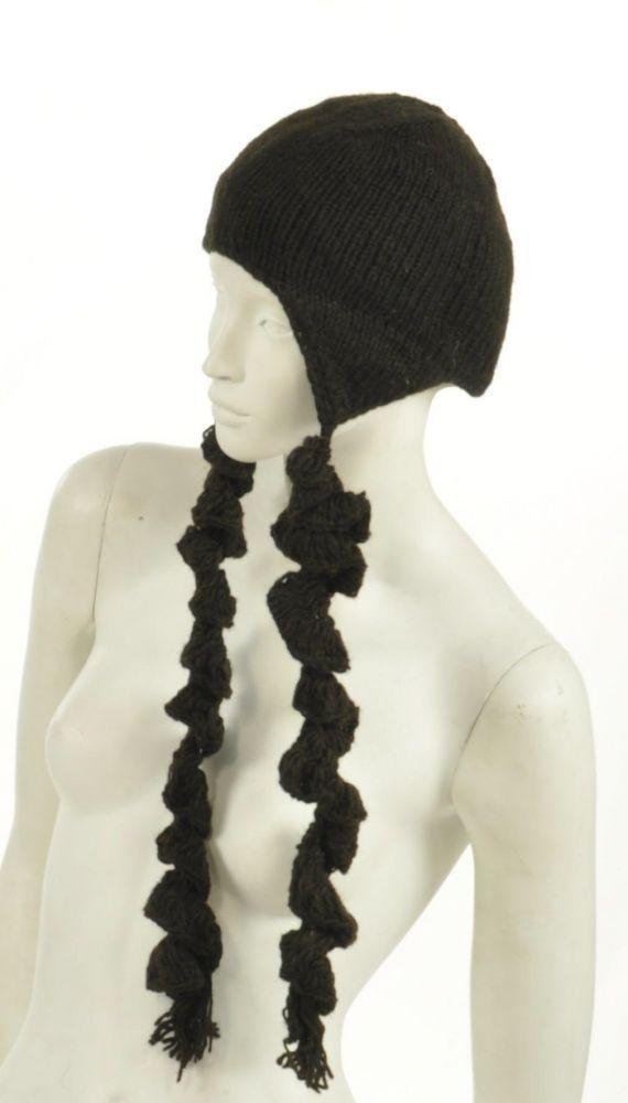 Bonnet plitz en laine à longues tresses marron 243911