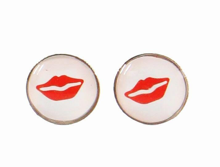 Boucles d\'oreilles clou bouche rouge 246338