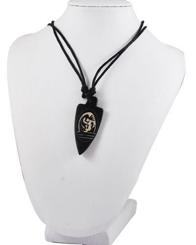 Collier avec pendentif en résine imitation os logo 8 256199