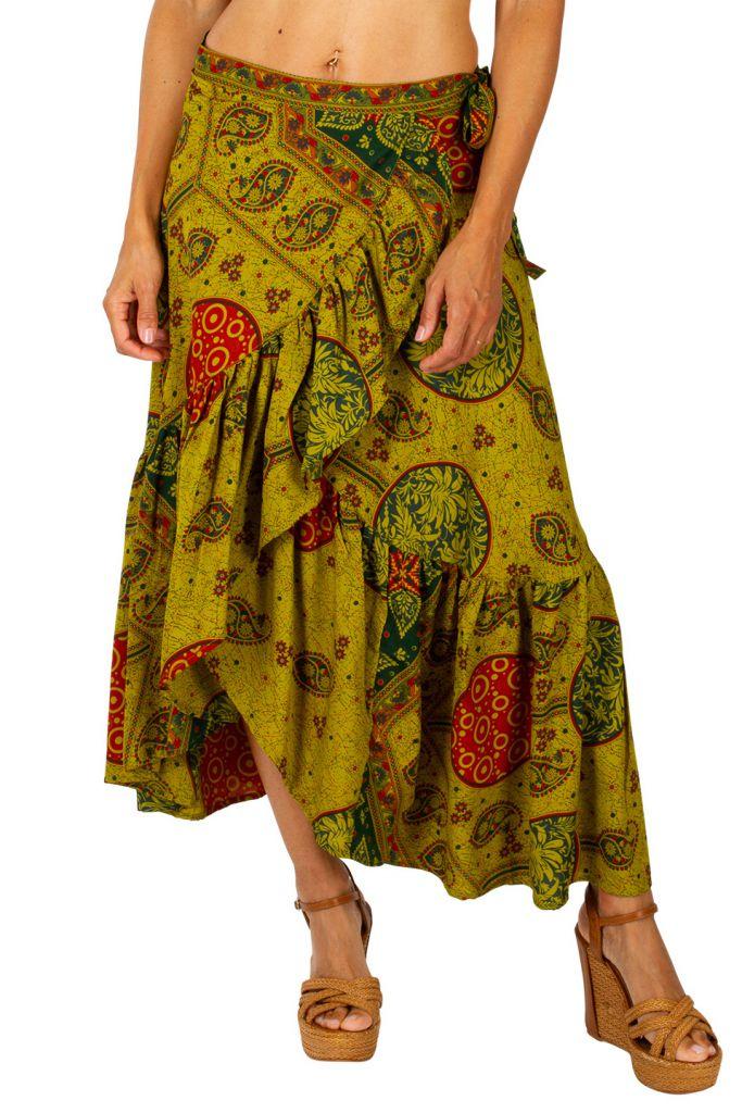 Jupe longue bohème pour un look hippie baba cool Zara