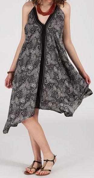 Originale robe mi-longue ethnique asymétrique Noire/Blanche Zaina 272836