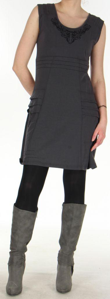 robe chic sans manches d hiver tribale et originale estal grise. Black Bedroom Furniture Sets. Home Design Ideas