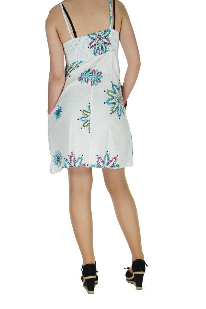 Robe courte à fines bretelles blanche jodie 267651