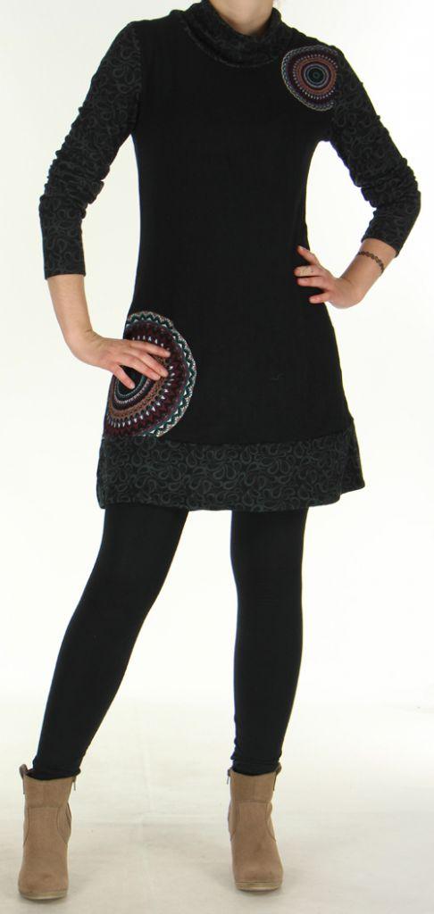 Robe courte d'hiver Ethnique et Colorée Tahina Noire 276356