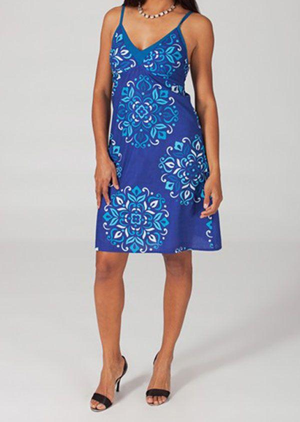 Robe courte fashion col V à fines bretelles Miline 318649