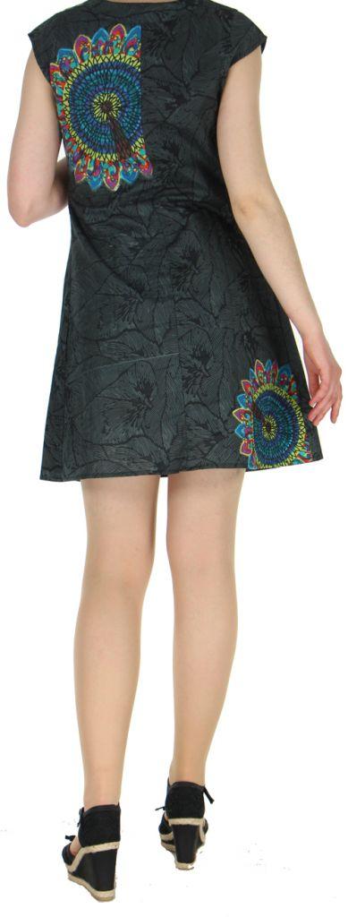 Robe courte noire imprimée ethnique effet plissé Shyma