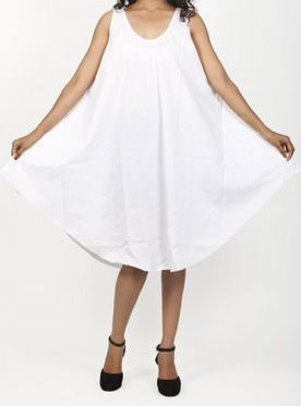 Robe de plage blanche coupe trapèze sans manches Félici 271221