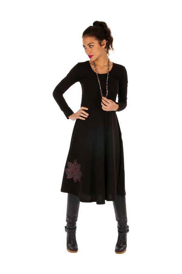 Robe mi-longue noire ethnique au détail brodé Bangui 313857