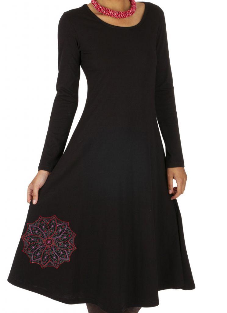 robe ethnique noire mi-longue