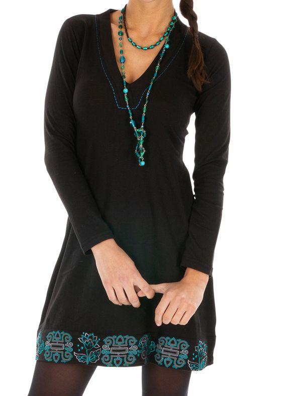 Robe noire femme tendance et chic ethnique pas cher Monia 313358