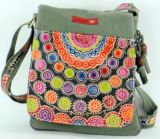Sac Macha Mt color� en coton et cuir � bandouli�re Titan 1 271490
