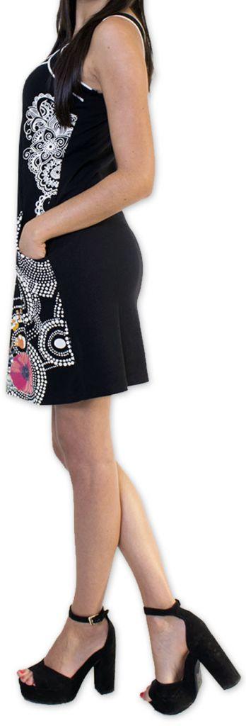 Sympathique robe courte ethnique et colorée Noire Kamélia 273295