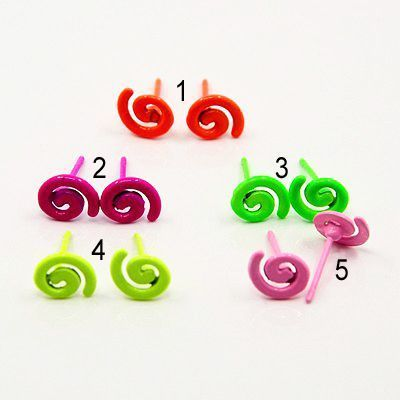 Boucles d\'oreilles clou spirale fluo 246729