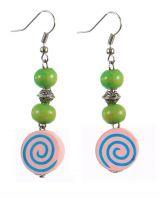 Boucles d\'oreilles en bois spirale colorée n°6