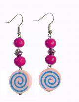 Boucles d\'oreilles en bois spirale colorée rose n°2