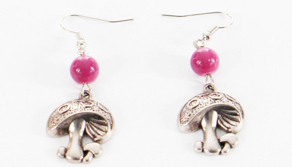 Boucles d\'oreilles pendentif champignon perle fuschia 246456