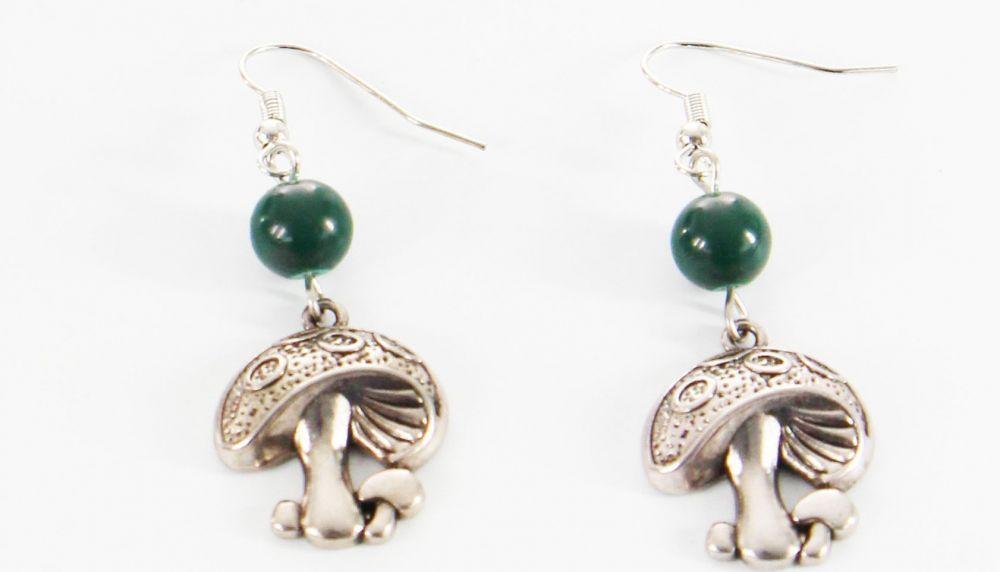 Boucles d\'oreilles pendentif champignon perle verte 246455