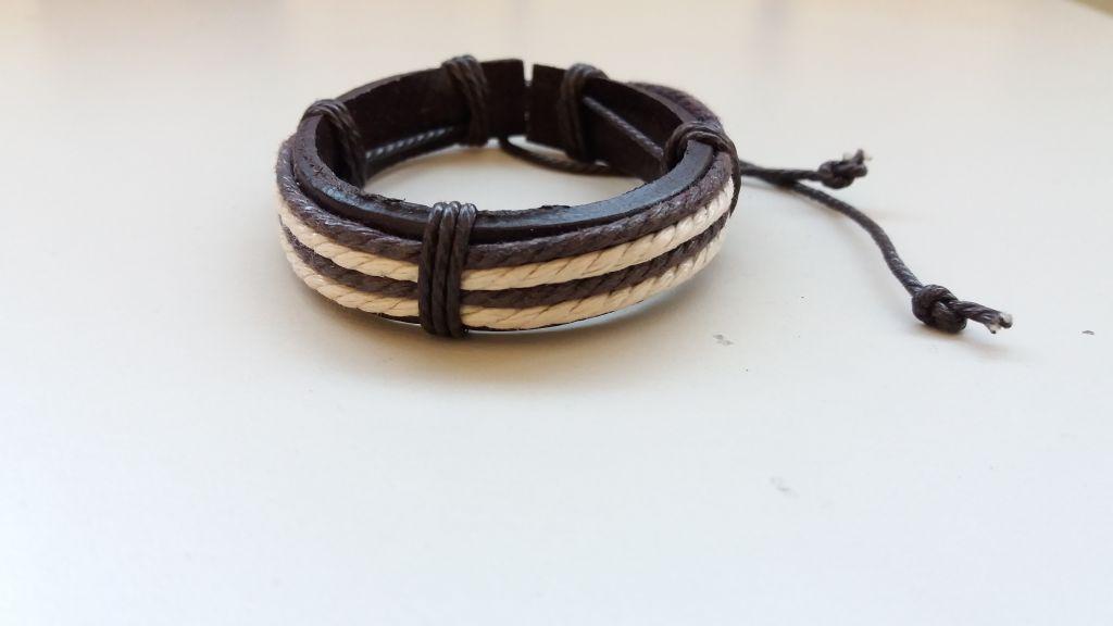 Bracelet cuir blanc et chocolat