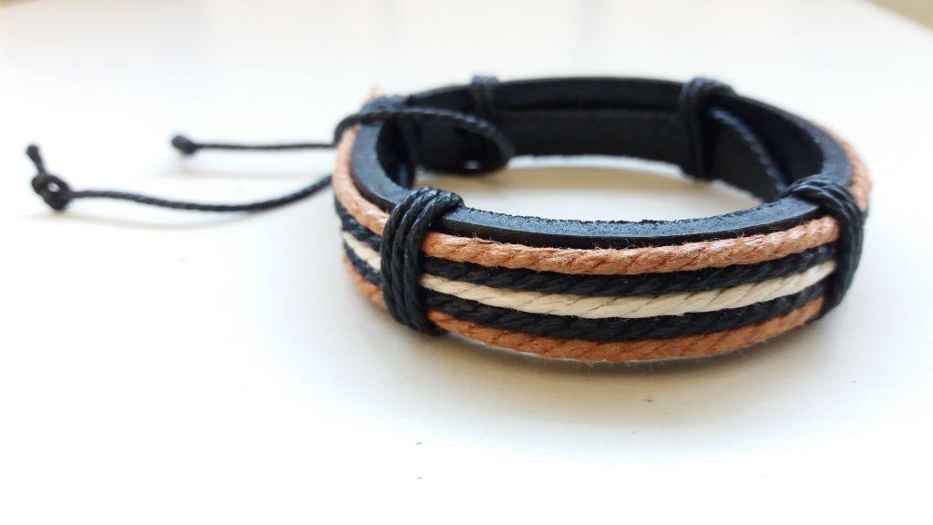Bracelet cuir blanc et ocre 303379