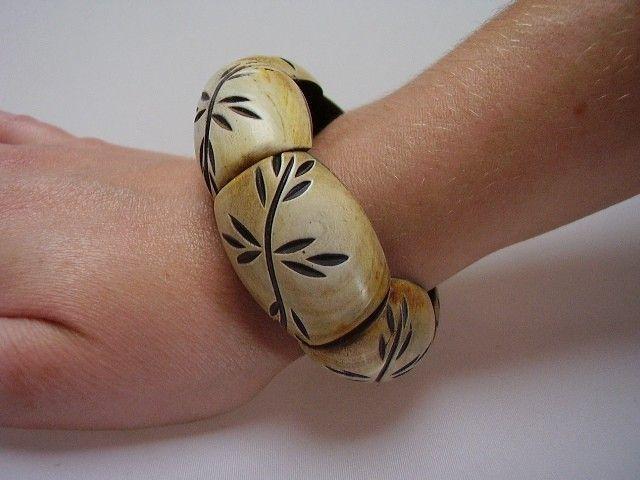 Bracelet en corne 241911