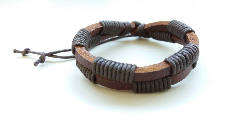 Bracelet en cuir de vache marron