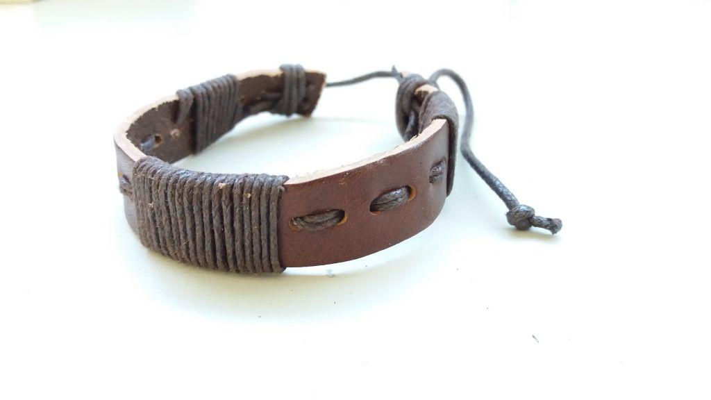 Bracelet mixte en cuir et cordon ciré forcing marron 303397