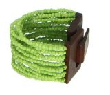 Bracelet multirangs de perles en acrylique anis avec fermoir en bois 247610