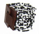 Bracelet multirangs de perles en acrylique noires et blanches avec fermoir en bois 247609