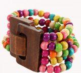Bracelet multirangs de perles multicolor 4 avec fermoir en bois Marie 246390