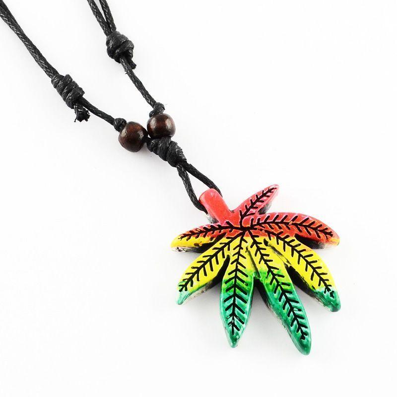 Collier pendentif feuille canna vert/jaune/rouge 256298