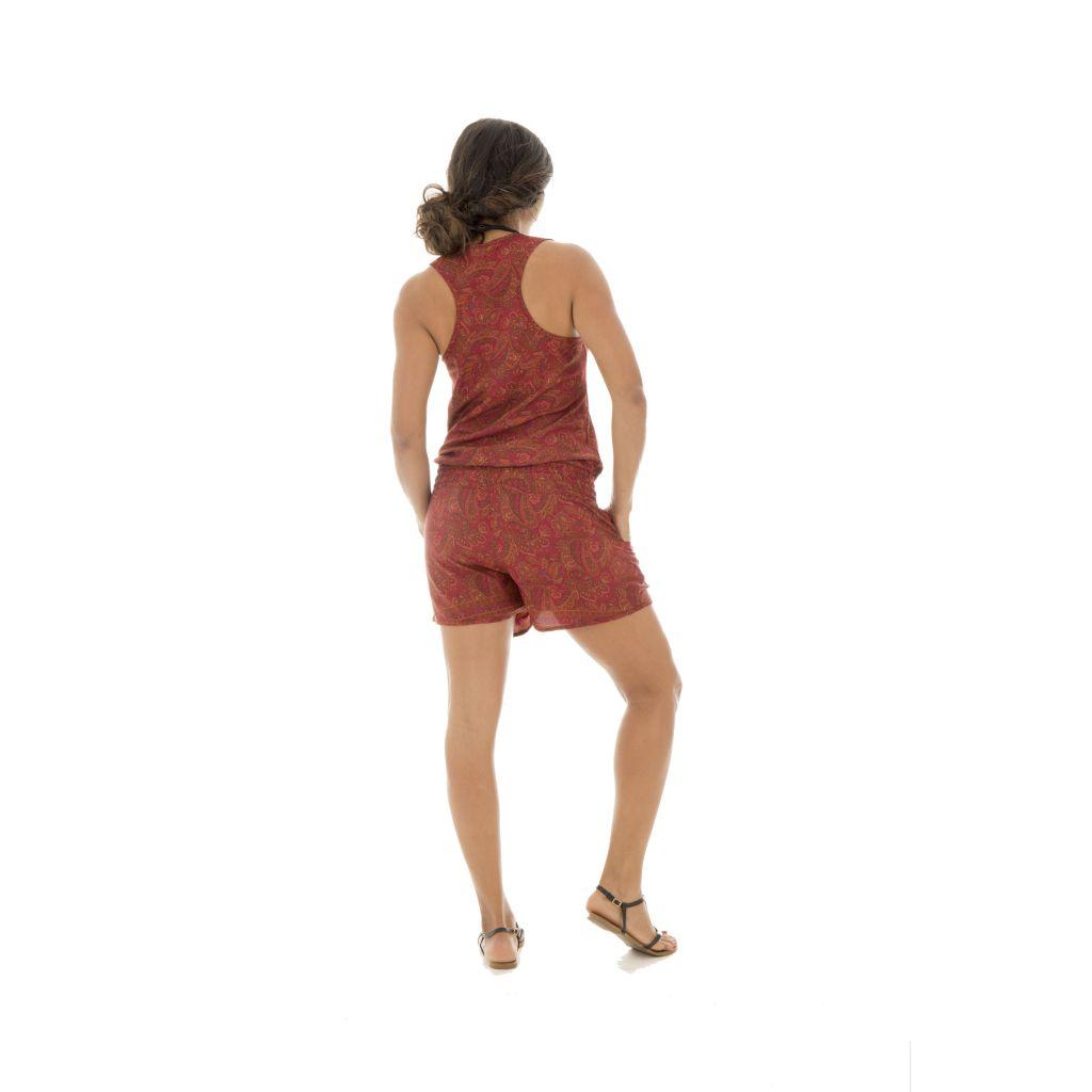 Combinaison short agréable avec ceinture élastique et bretelles larges Tyana