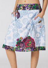 Jupe mi-longue Ethnique et très Colorée Chandana Blanche et Bleue 283436