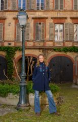 Manteau Bleu marine original à broderie en polaire à col montant Daniela 300309