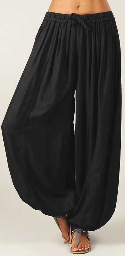 Pantalon Noir pour femme bouffant Ethnique et Original Gilian 274620
