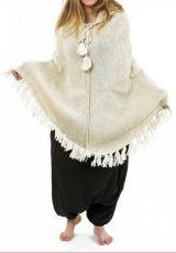 Poncho en laine de fabrication artisanal couleur crème Flawa 303172