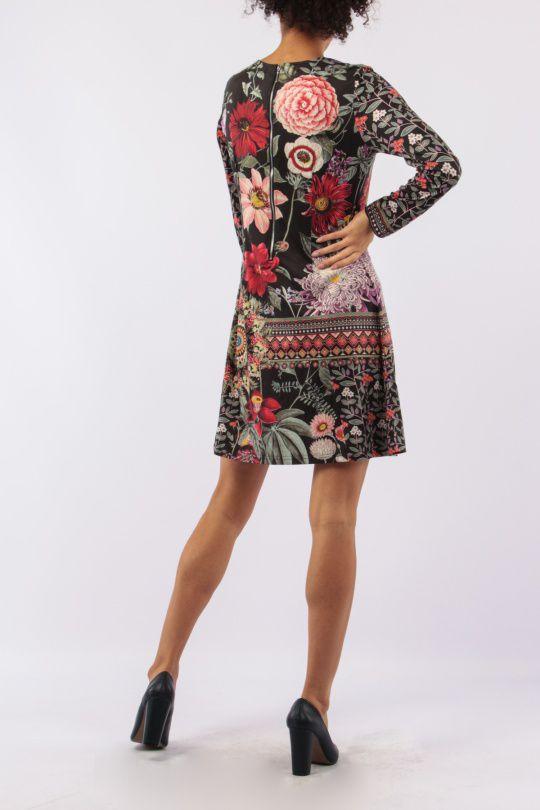 Robe avec un imprimé fleuri look bohème tendance  Jinah 305440