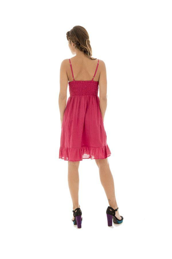 Robe courte à bretelles Décolletée et Féminine Coraline Rose 295240