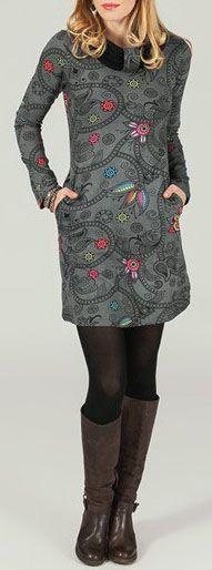Robe courte à col rond Ethnique et Originale Aélia 274160