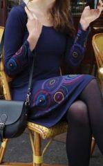 Robe courte à col rond ethnique et originale Bleue Fanette 273853