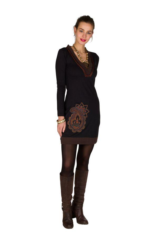 Robe courte à manches longues Noire brodée avec col en V Alix 301066