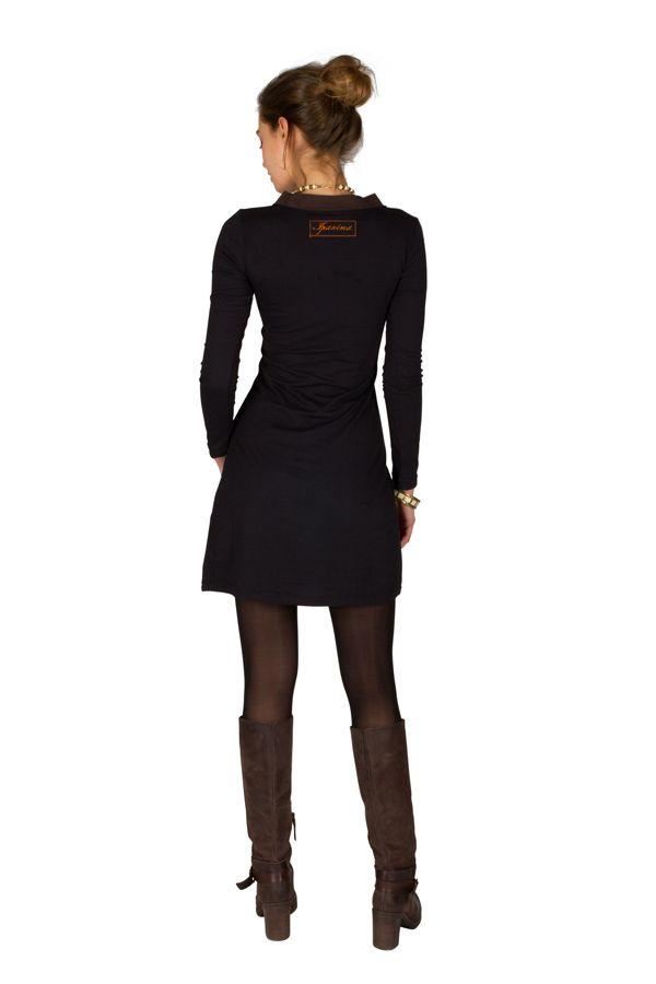 Robe courte à manches longues Noire brodée avec col en V Alix 301068
