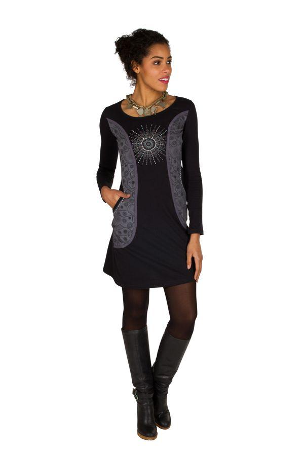 Robe courte à manches longues Noire imprimée avec poches et col rond Emy 301193