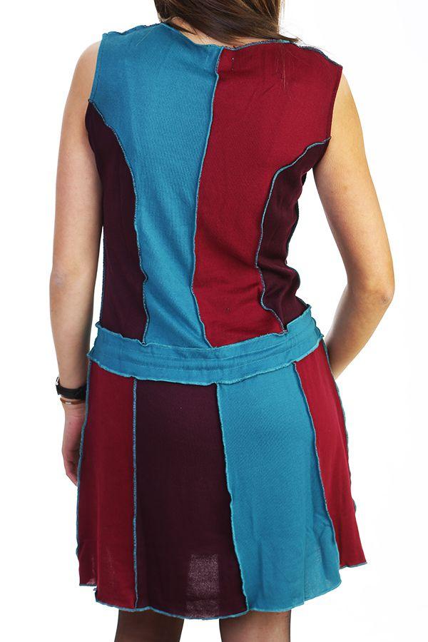 Robe courte brodée avec un assemblage de tissus colorés 288059