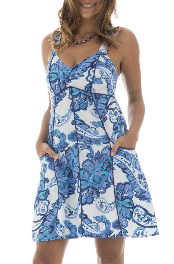 0ca0bb770af Robe courte col V avec motifs paisleys bleue et blanche Trivia 291548. Loading  zoom