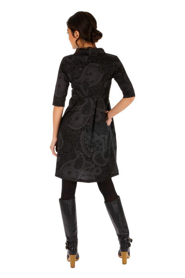 Robe courte ethnique au col boule parfait pour l'hiver Uma 312639