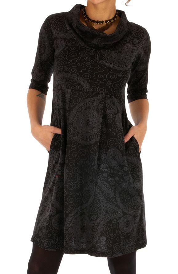 Robe courte ethnique au col boule parfait pour l'hiver Uma 312640