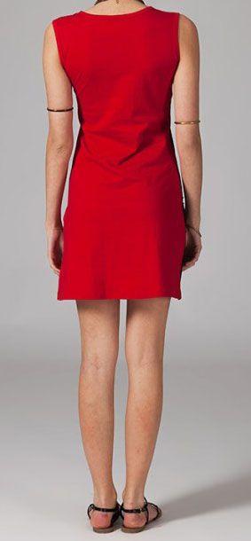 Robe courte ethnique-chic noire et rouge Milana
