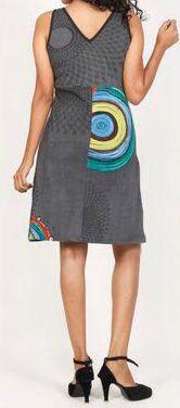 Robe courte grise imprimée ethnique à col en V Roumble 271627