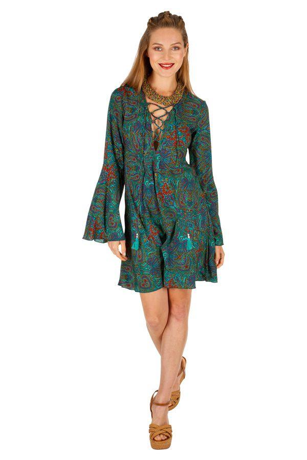 Robe courte imprimée à col lacets pour un look bohème tendance Irma