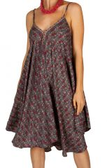 Robe courte légère avec un imprimé vintage tendance Maka 306318